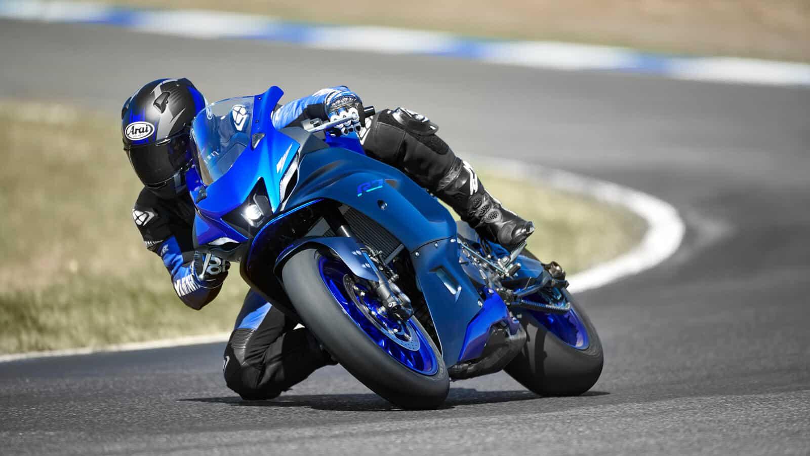 2021 Yamaha R7